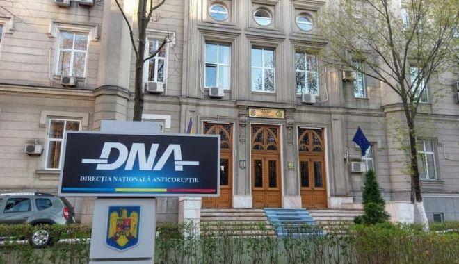 Anchetă DNA!