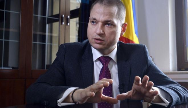 Foto: Mircea Titus Dobre: Ministrul Turismului: Nu există pericolul că cetăţenii României să îşi piardă vacanţele sau banii plătiţi pe vacanţe pentru 2018