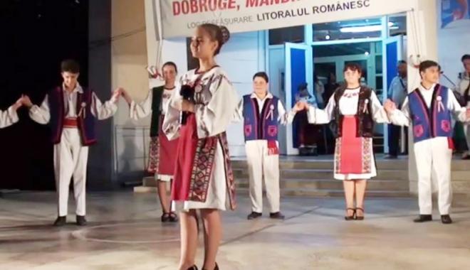 """Foto: Festivalul """"Dobrogea mândră grădină""""  şi-a desemnat câştigătorii"""