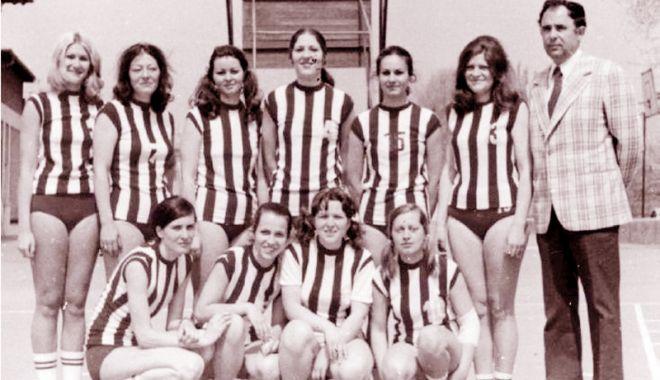 Foto: Poveştile sportului constănţean.  Cine au fost corifeii baschetului feminin