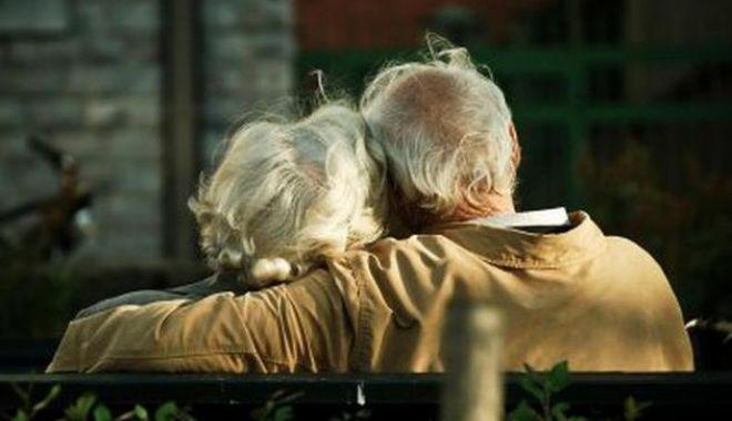 Foto: Eveniment special la Constanţa, pentru seniorii din oraş