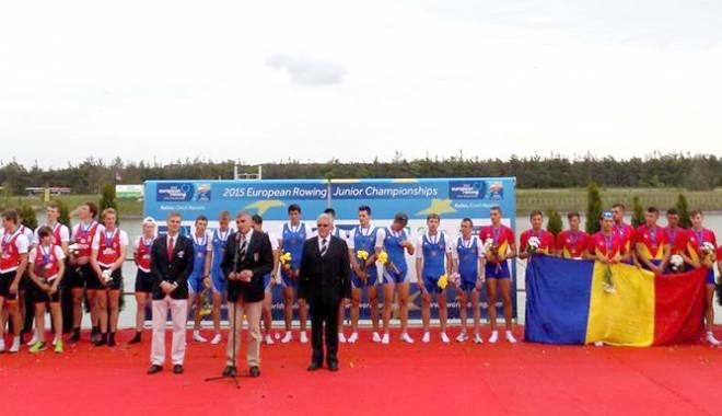 Foto: Doi canotori de la CS Farul, medaliaţi cu bronz la Europene