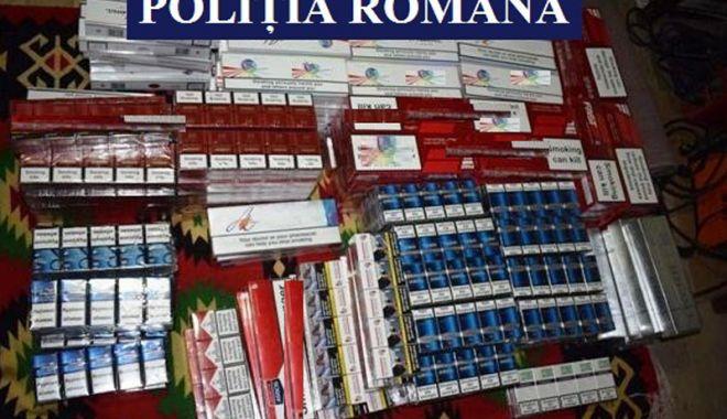 Foto: Doi constănţeni cercetaţi pentru contrabandă cu ţigări