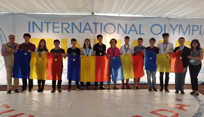 Foto: Doi elevi constănţeni, medaliaţi la Olimpiada Internaţională Pluridisciplinară Tuymaada