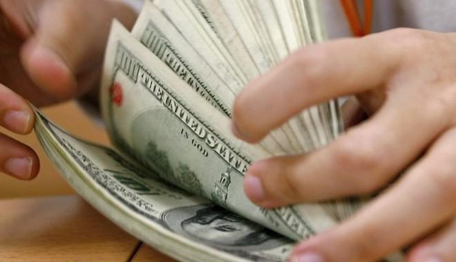 Foto: Curs BNR: 3,3423 lei/dolar