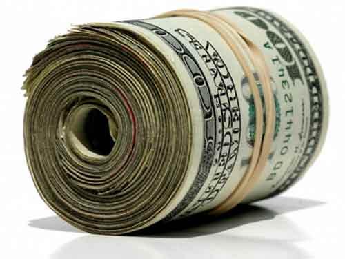 Dolarul american câştigă teren în raport cu leul - dolari-1317637836.jpg