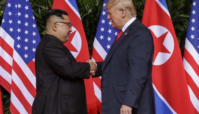 """Foto: Donald Trump, după întâlnirea cu Kim Jong Un: """"Foarte pozitiv. O relație excelentă"""""""