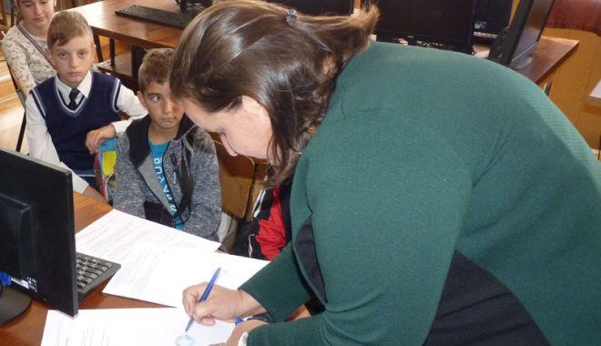 Se fac donații pentru utilarea bibliotecii Școlii Gimnaziale Dorobanțu - donatii1-1540484084.jpg