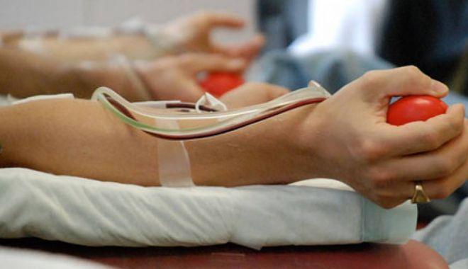 Îndrăzniți! Donați sânge și salvați viața celor de lângă voi! - donatori-1592127079.jpg