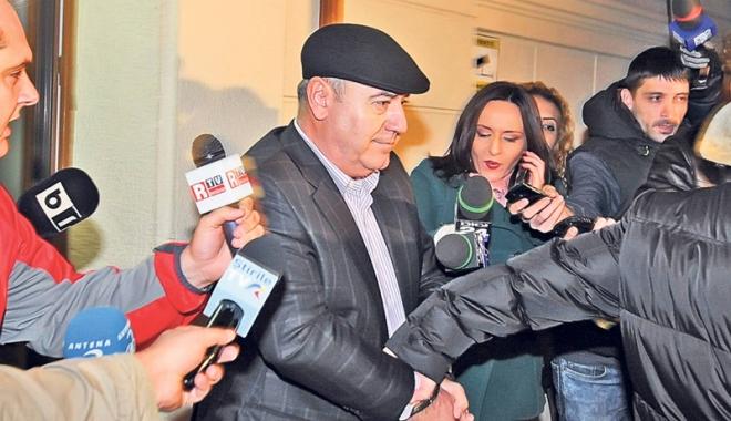 Cocoş, 2 ani de închisoare pentru 9 milioane euro. Profesor, 5 ani pentru 800 euro mită - dortincocos-1475509824.jpg