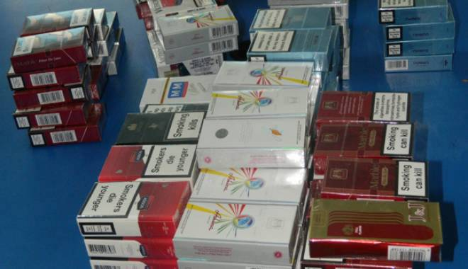 Foto: Dosare penale pentru comercianţii de ţigări din Piaţa Griviţei