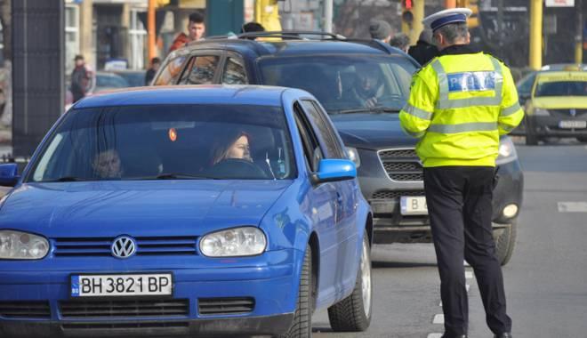 Foto: Indisciplina pe străzile din Constanţa, sancţionată  cu dosare penale