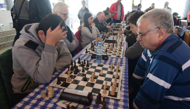 Foto: Două competiţii de şah, în această lună, la Techirghiol