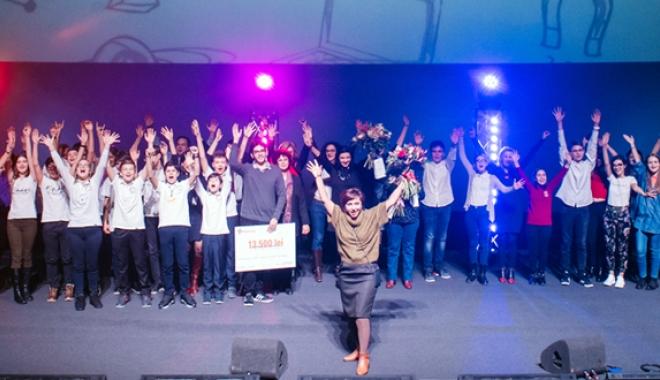 Foto: Două echipe de elevi constănţeni, premiate la programul  educaţional PlayEnergy