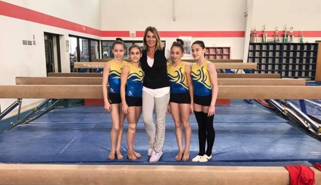 Foto: Aventură în SUA. Două gimnaste de la CS Farul, prezente la
