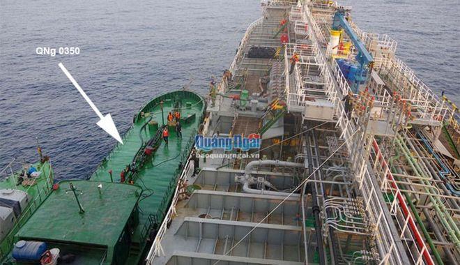 Foto: Două nave au fost reținute pentru contrabandă cu benzină