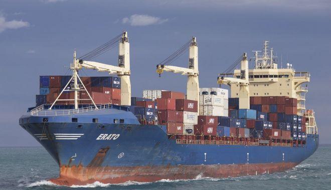 Foto: Culmea probabilităților: două nave cu același nume s-au ciocnit!