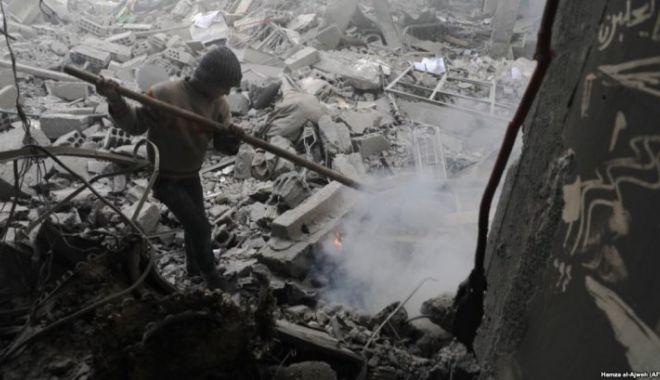 Foto: Atac CHIMIC în Siria. Cel puțin 70 de morți, printre care mulți copii