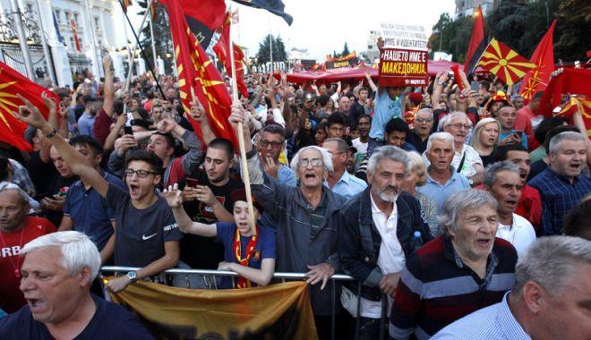 Foto: Dreapta naţionalistă din Macedonia protestează faţă de schimbarea numelui ţării