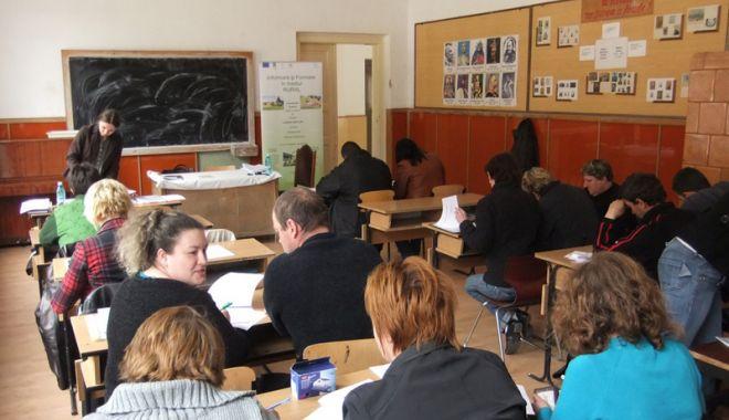 Foto: Ce drepturi au persoanele care beneficiază  de serviciile de formare profesională