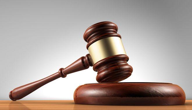 Trei traficanți de droguri, reținuți de procurorii DIICOT din Constanța - drogati-1593768099.jpg
