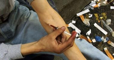 Foto: Drogurile provoacă îmbolnăvirea  cu HIV
