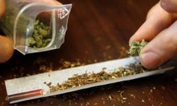 Foto: Ce a păţit un tânăr din Constanţa, prins cu droguri în discotecă!
