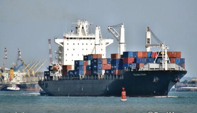 Foto: Droguri descoperite în sistemul de ventilație al unei nave
