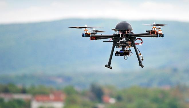 Foto: USR susține amendamentele privind utilizarea dronelor