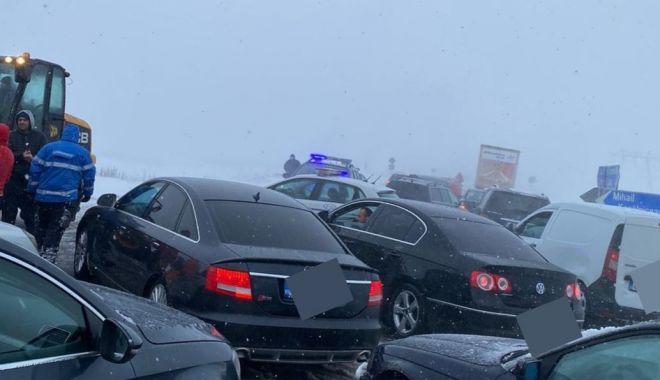 """GALERIE FOTO / Drumarii, apel la şoferi. """"Nu încurcaţi acţiunile de deszăpezire!"""" - drumariiapel1-1611761574.jpg"""