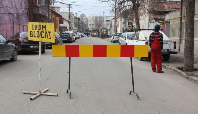 Foto: Atenţie, şoferi! Strada Constantin Brătescu este blocată