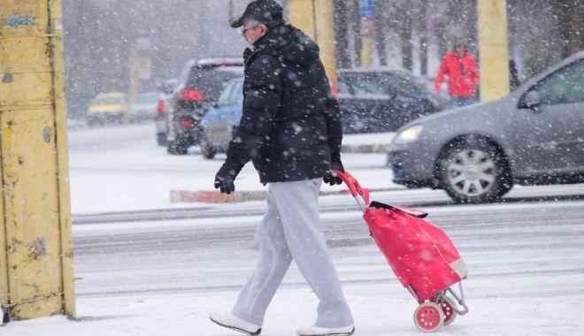 Foto: Polei, ninsori şi deosebit de frig, la Constanţa! Meteorologii au emis încă două atenţionări