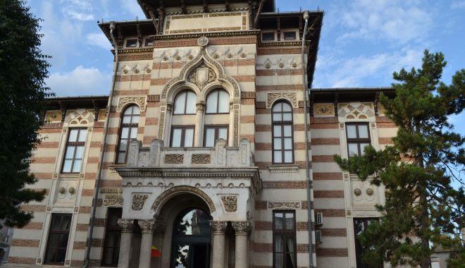 Expoziție și paradă de costume, la Muzeul de Artă Populară Constanța - dsc0557-1541678266.jpg