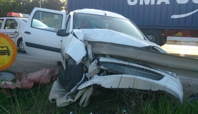 Foto: Galerie FOTO. Accident rutier spectaculos �n Constan�a. Trei victime!