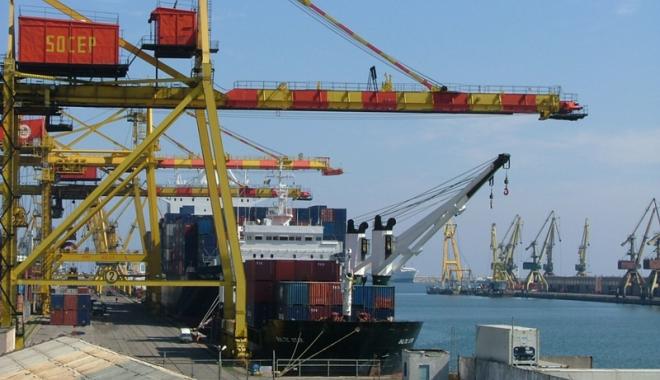 Foto: Companiile portuare Socep şi Oil Terminal au avut evoluţii remarcabile în 2016