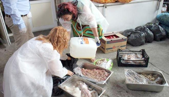 Foto: Controale DSV:  produse alimentare  vândute în spaţii mizerabile