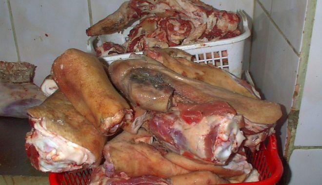 Foto: Piețele și unitățile de tăiere miei, luate la verificat de inspectorii sanitar-veterinari