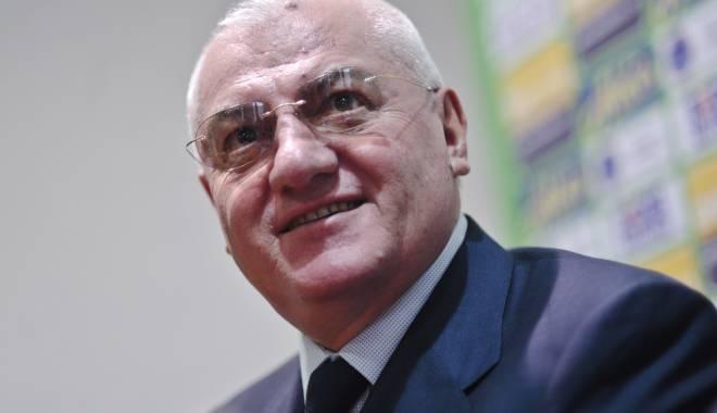 Foto: Fotbal / Dumitru Dragomir a fost numit președinte de onoare al clubului FC Voluntari