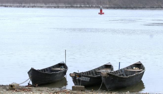 Foto: Debitul Dunării,  în continuă scădere