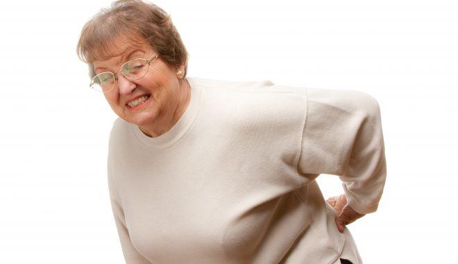 Foto: Ce trebuie să faceţi pentru a scăpa de durerile de spate şi de oase