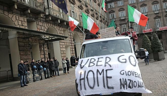 Foto: Uber a fost interzis în Italia