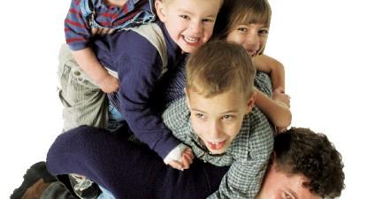Foto: Educaţi-vă copiii fără ameninţări