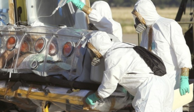Foto: HOLERA FACE RAVAGII / Peste 300.000 de cazuri, 1.600 de morţi