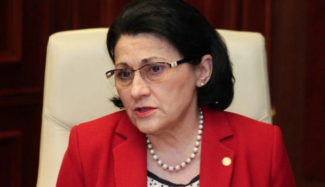 Foto: Ecaterina Andronescu,  din nou, ministru  al Educaţiei