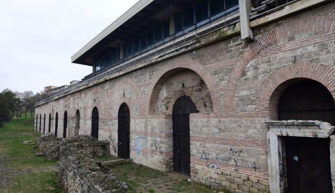 Ce-a fost și ce-a ajuns! Edificiul Roman cu Mozaic, într-o continuă degradare - edificiumozaic1-1519057897.jpg