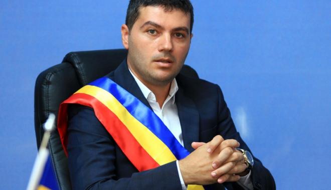 Foto: Primarul George Scupra, reconfirmat în funcţia de preşedinte al PNL Ovidiu