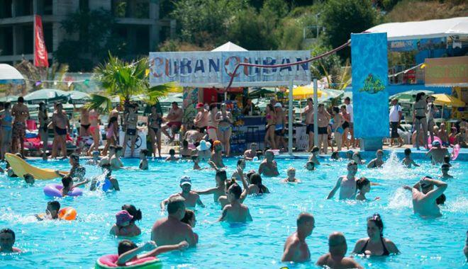 Sâmbătă, se redeschide Eforie Aqua Park. O zi de bălăceală şi pentru copiii sărmani - eforieaquapark2-1529683263.jpg