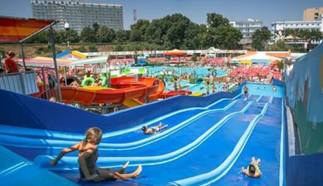 Distracție de calitate la Eforie Aqua Park - eforieaquapark4-1533219247.jpg