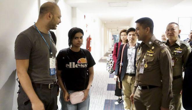 Tânăra saudită care a fugit de propria familie în Thailanda a primit statutul de refugiat ONU - eightcol0001c181y-1547112205.jpg