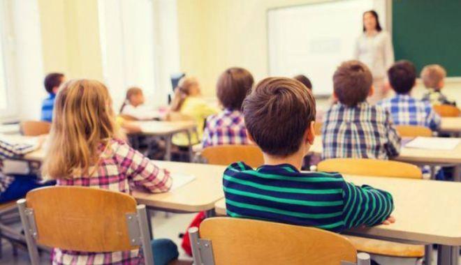 Foto: Focar de hepatita A în școlile din Constanța! Semnal de alarmă către mămicile elevilor